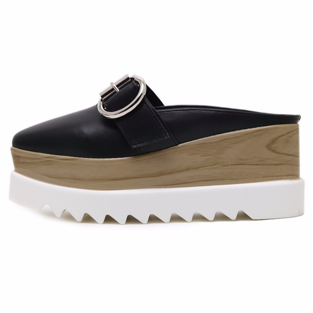 المرأة منصة أحذية رياضية اللعاب كعكة سميكة أحذية البريطانية أزياء نمط حذاء نسائي كاجوال-في أحذية نسائية مسطحة من أحذية على  مجموعة 3