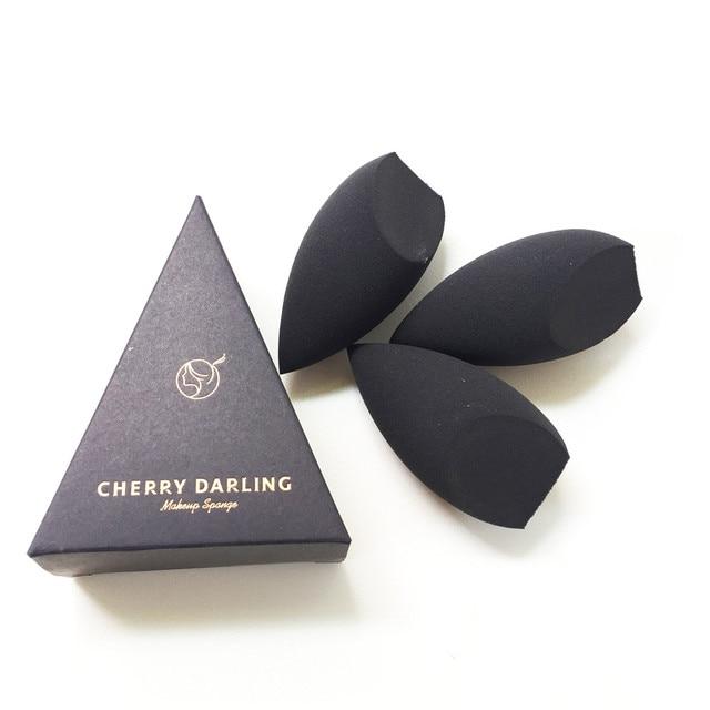 CHERRY DARLING Definer Beauty Makeup Blending Sponge - Black - Soft Cosmetic Applicator for Cream Liquid Foundation & Powders 2
