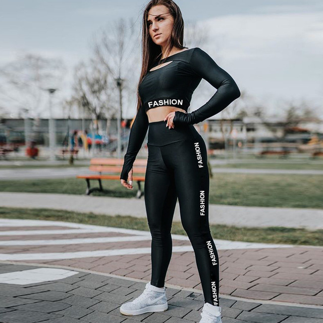 Women's Long Sleeved Shirt and Pants for Yoga and Workout