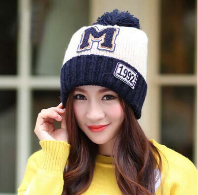 Sell at a loss 1 pcs 2014 new women letters 1992 M knitted cap Fashion winter warm hat 7colors Free shipping