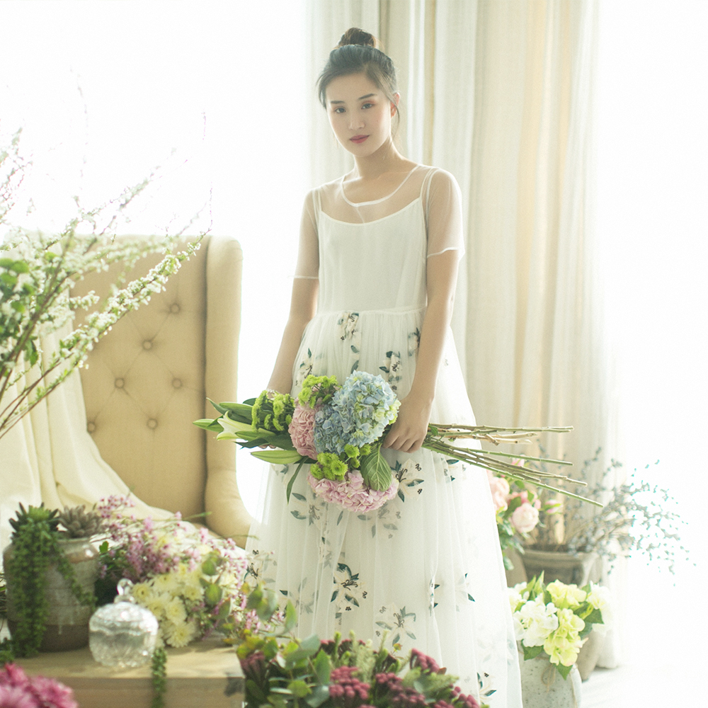MM136 New Arrival Summer 2017 see through short sleeve long maxi floral embroidered tulle dress vintage