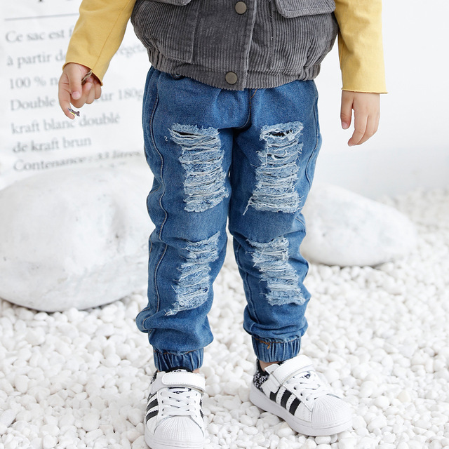 8c04757ae42 Fashion boys jeans Cool Design Baby girls boys Ripped jeans pants Kids  jogger Denim pants Fashion children clothes 2-7T