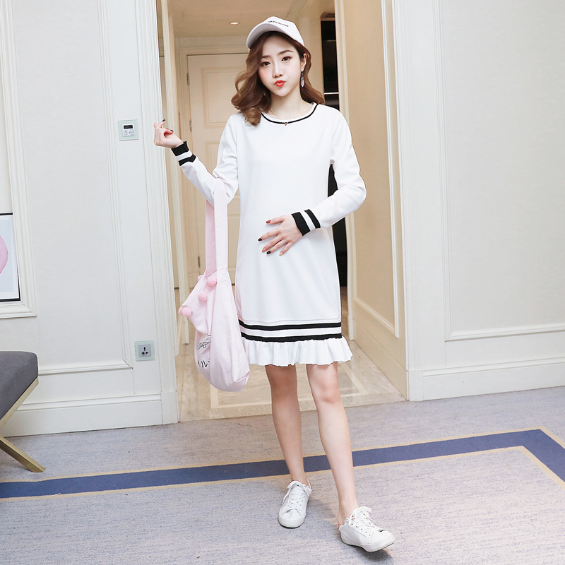 6056ee0f505 Preppy Style Maternity Dress Lace Pregnancy Clothes Autumn Pregnancy  Clothing Of Pregnant Women Long Sleeve Vestidos -in Dresses from Mother    Kids on ...