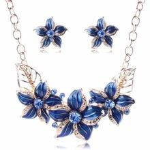 Hot Sell KOMi Women Big Necklaces 2016 Elegant Four Colors Epoxy Flower Pendant Austria Crystal Fashion Brand Jewelry O-028