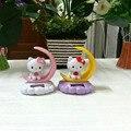 4 Unidades Por Lote Travieso Oscilación Bajo Plena Luz Solar Decoración Del Hogar Regalos de La Novedad Solar del Baile Luna Hello Kitty Juguetes