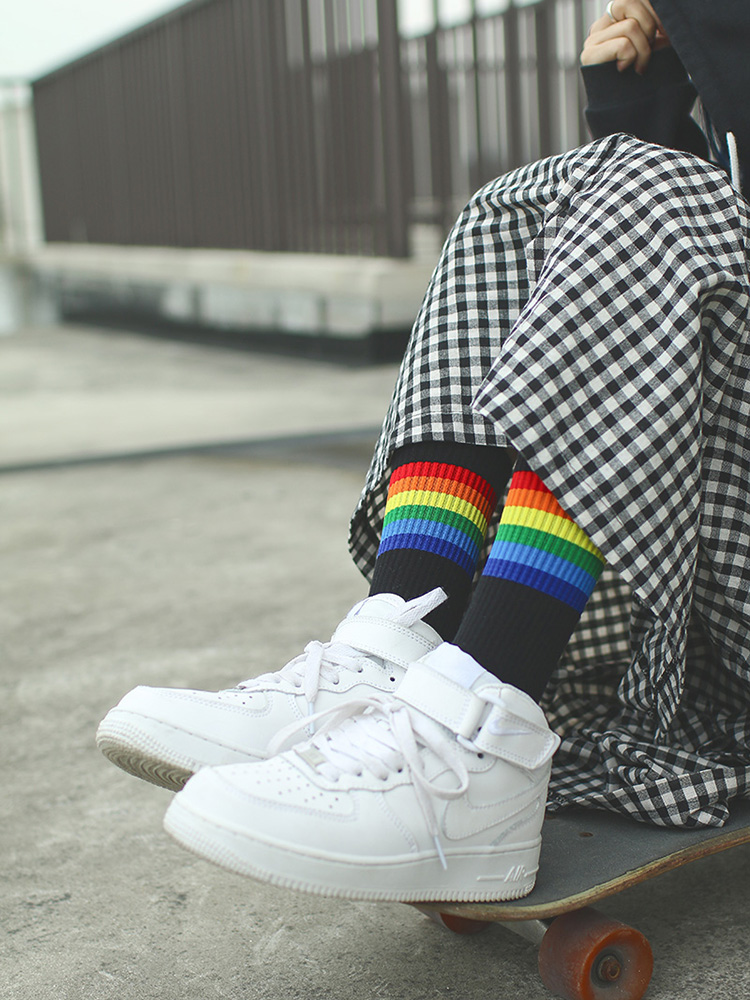 IMINCN 1Pair Original Design Young People Hiphop rainbow gay lgbt Cotton Dance Street High Fashion man boy Black White   Sock