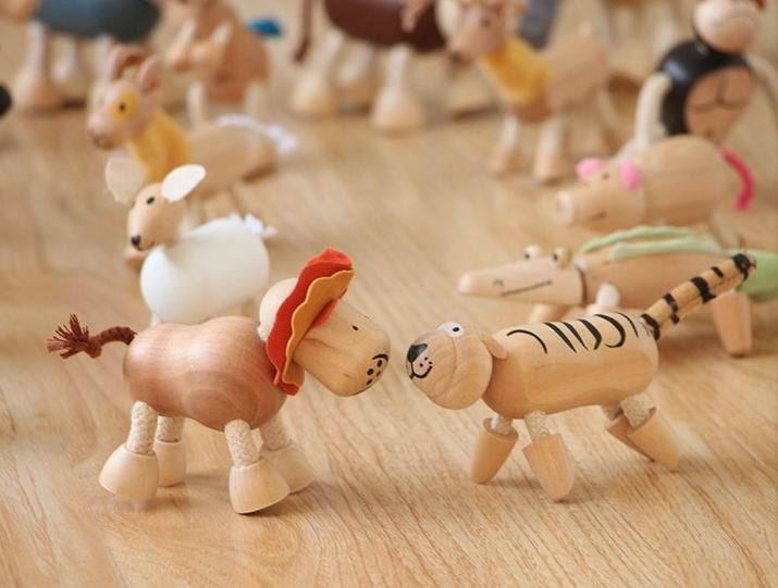 Hot selling 6pcs lot wooden animals dolls 24 patterns interactive puppets toys Kids children Christmas gifts
