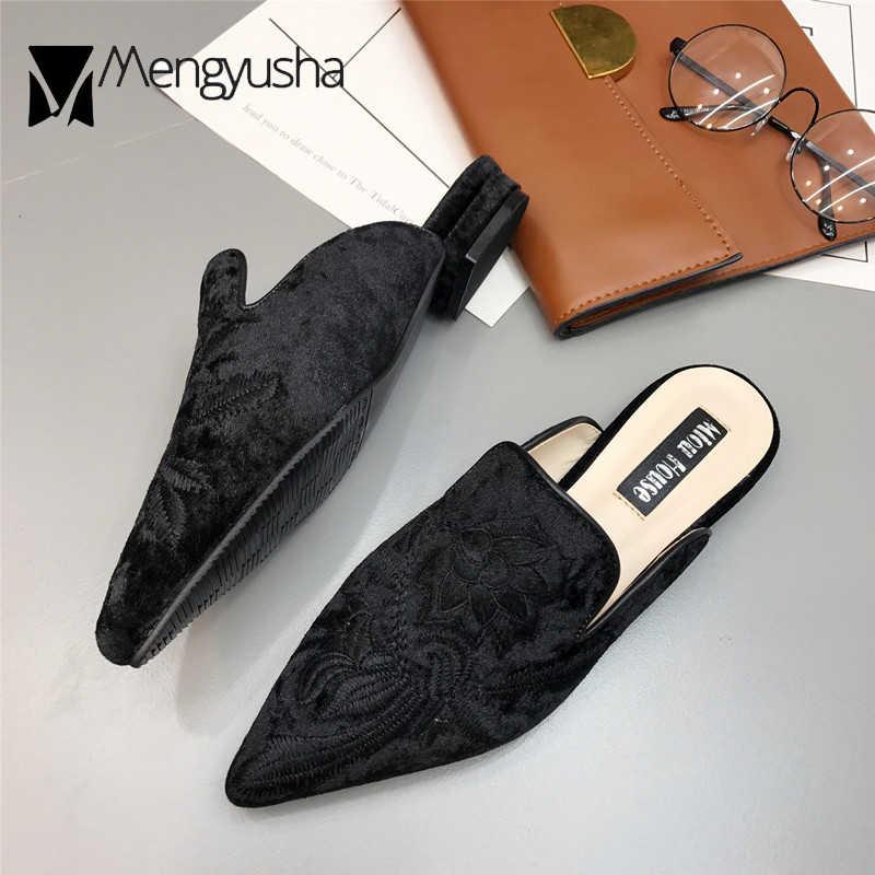 Goud fluwelen muilezels schoenen vrouwen borduren bloem slippers puntschoen flock platte mocassins borduur bloemen loafers flats 2019