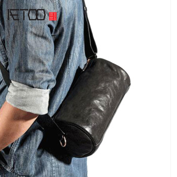 AETOO Cylindrical Messenger Bag Men's Leather Shoulder Bag Personality Men's Bucket Bag Retro Men's Bag Casual First Layer Leath