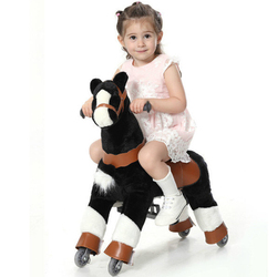 Juguetes de caballo mecánico de felpa para niños de 3 a 7 años de edad tamaño chico niño montar juguete Pony sobre ruedas montar en caballo para la venta