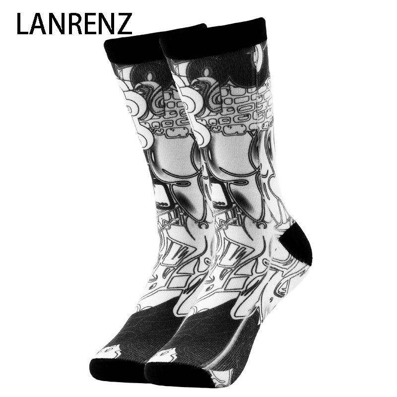 2020 Street Graffiti Printing Men And Women Fashion Funny Socks 3d Printed Socks 200 Knitting Oil Painting Compression Socks