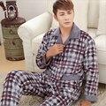 Inverno novos homens de mangas Compridas pijama Mais Espessa calor estilo Clássico Xadrez terno de Flanela Confortável roupas casuais Casa