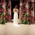 2016 nueva Bohemia vestido de cuello en V manga Cap abrir volver encaje gasa falda de verano la boda vestidos sin espalda BoHo vestido de novia