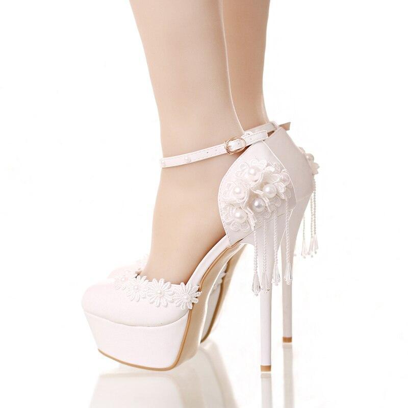 Scarpe Da Sposa Bianco Seta.Bianco Fiore Di Seta Del Germoglio Sposa Scarpe Con Impermeabile