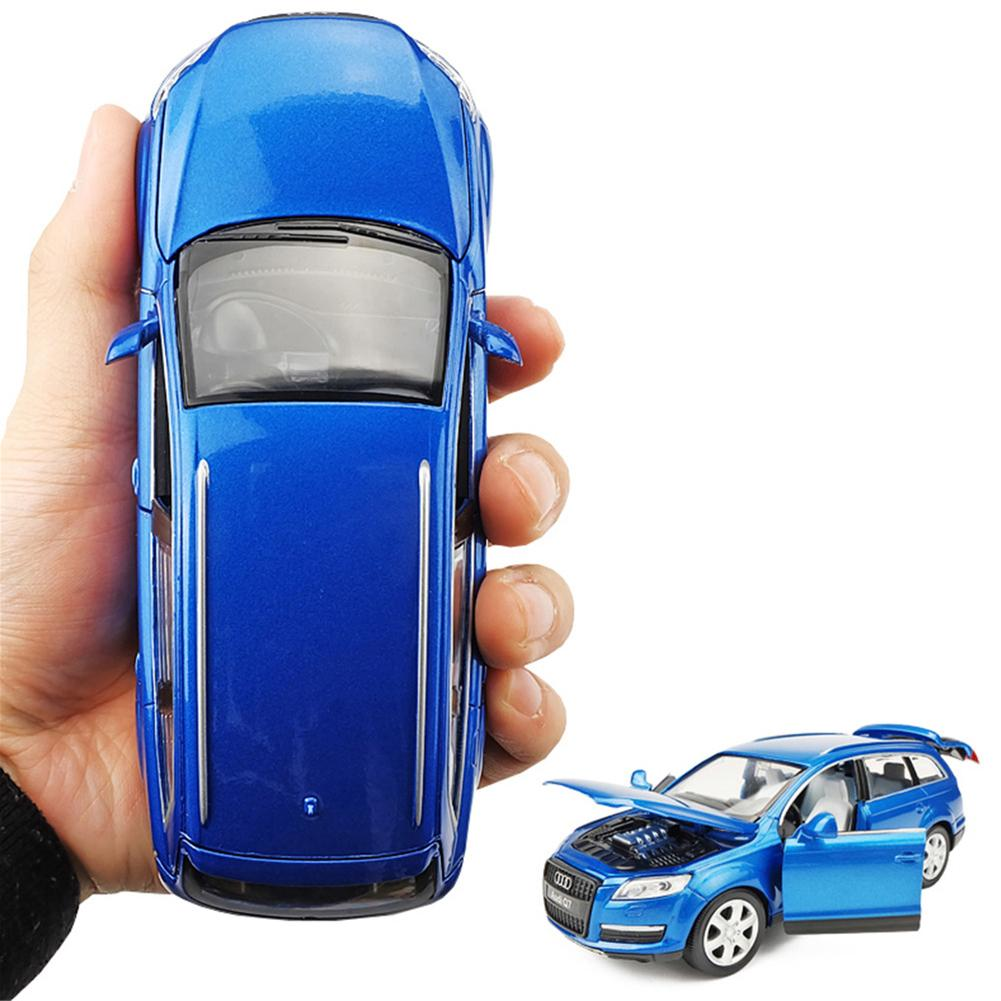 1:32 Mini Audi Q7 Alloy Model Acousto-optic Model Alloy Toy Vehicles pull back flashing Car Model Hobbies Collection image