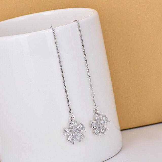 Фото bijoux длинные женские серебряные серьги с кисточками из стерлингового