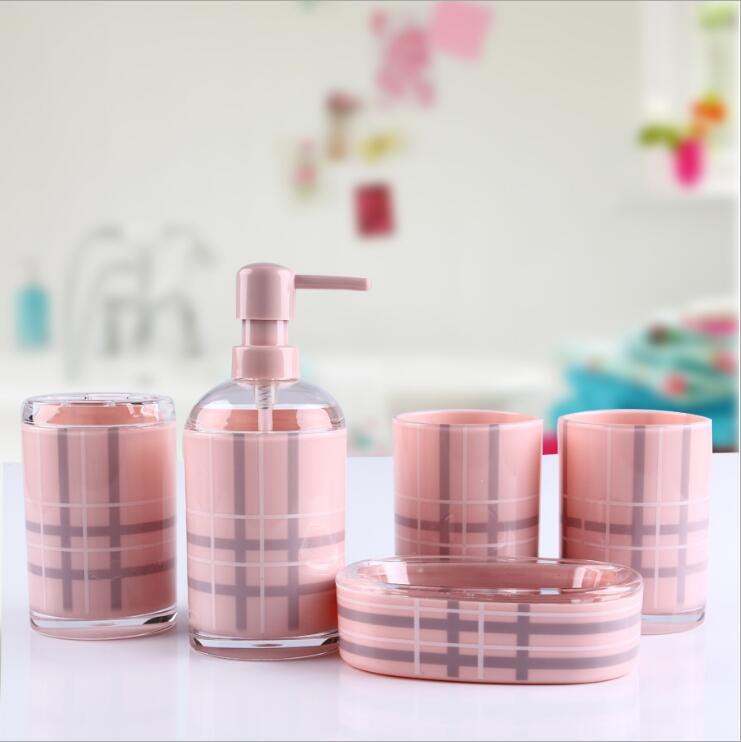 European Bathroom Suite Mug British Style Five-piece Wedding Housewarming Gifts Acrylic Bathroom Storage Supplies