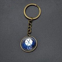 Hot Sell EXO Letter Pendant Keychain For Student Retro Cartoon Round Pendant Key Chains Boy Girls Fashion Jewelry Keyring Anime