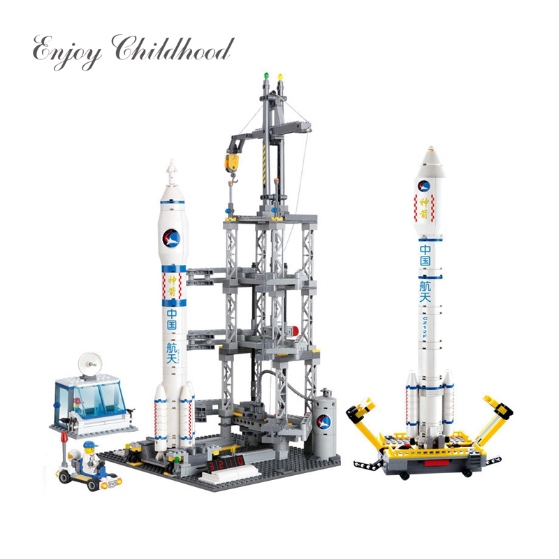KAZI 83001 822PCs Space Series Rocket Station Building Block Set Kids DIY Educational Bricks Toys Christmas