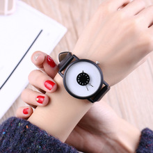 Miler nueva moda reloj del amante creativo reloj de cuarzo correa de cuero casual reloj hombres de las mujeres estudiantes reloj clásico blanco y negro