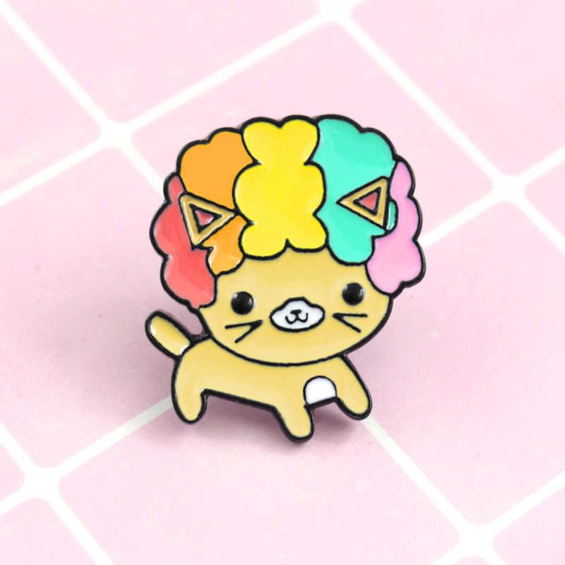 Nette Lockige Haar Emaille Metall Brosche Regenbogen Haar Katze Abzeichen Pin Spaß Trendy Kostüm Rucksack Schmuck Zubehör Geschenk