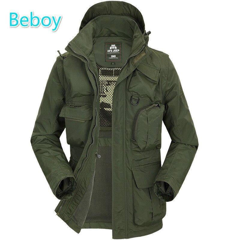 зимняя куртка спорта на открытом воздухе
