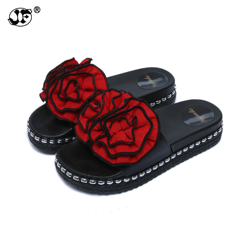 Summer lady flowers beach high-heeled slippers  women house inside and outside the thick slip bottom  girl sandals and slippers the law and the lady