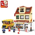 SLUBAN City School Bus Middle School Building Block bricks minefigure toys B0333 496pcs 6dolls compatiable with brick kid gift