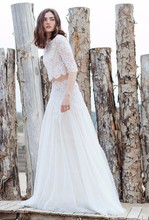 Two Piece Beach Wedding Dresses Lace Top with Tulle Skirt Bridal Gowns Vestidos De Noiva Wedding Party Gowns with Zip Back 2016