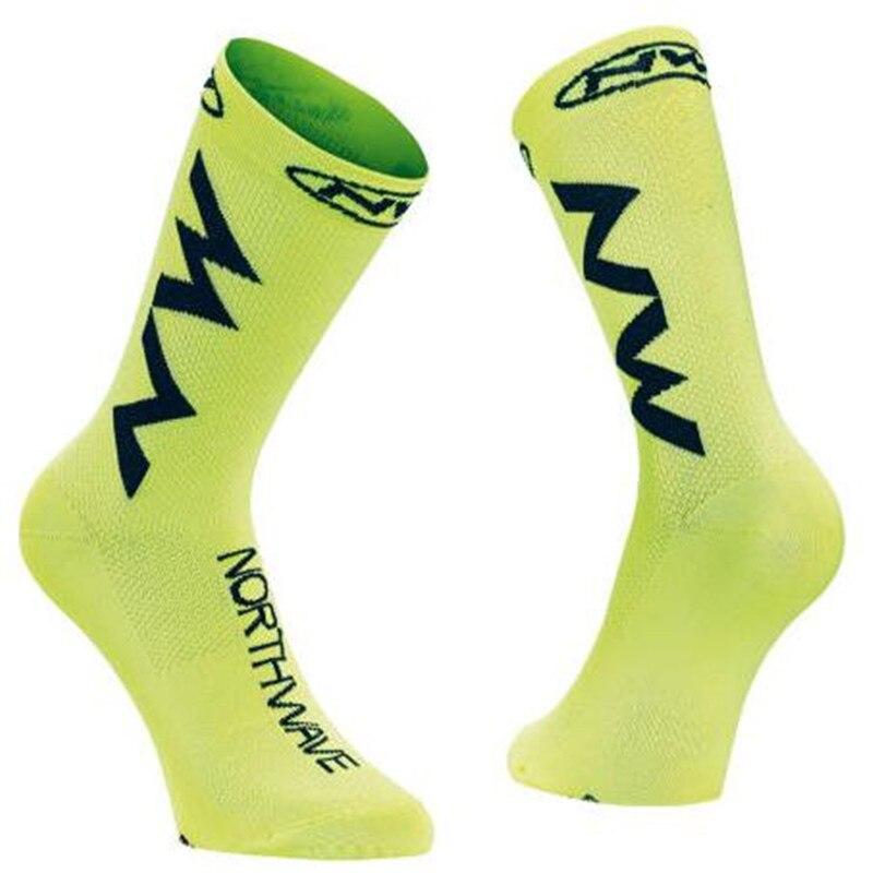 2018 New Men Women Coolmax Cycling Socks Breathable Basketball Running Football