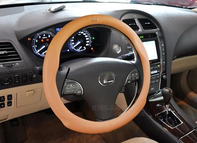 2016 New Creative style Leather design car Steering Wheel Cover For Lexus LX470 RX LX570 IS300 ES240 ES350 GS