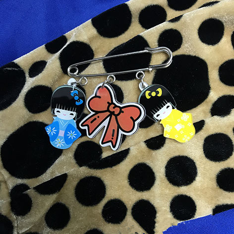 Spring and summer fashion gril love cartoon acrylic sheet Pins Jacket backpack pin girl boy bag badge accessories