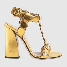 New Fashion Leather Gold Woman Gladiator Sandals Pearl Studded Thick High Heels Summer Shoes Word Buckle Leaves Side Pumps недорого