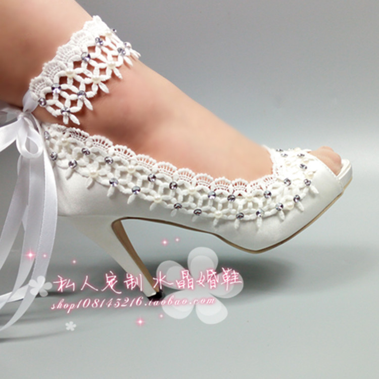 Bridal lace flower wedding shoes pearl rhinestone bridesmaid crystal wedding photography high heel strap fish mouth shoes fashion rhinestone super high heel bridal dress shoes white flower pearl crystal wedding shoes round toe wedding ceremony pumps