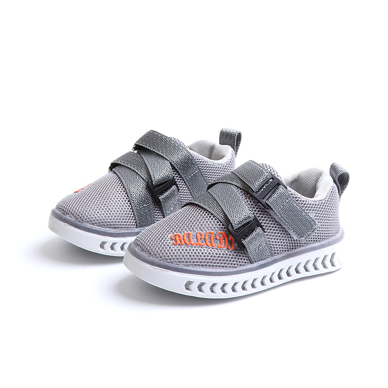 Kids LED Sneakers Breathable Children Sports Shoes Baby Glowing Shoes Girls Boys Luminous Shoes with Light 3 8T Sneakers     - title=