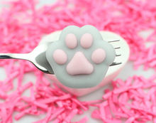 50pcs Kawaii stress cat Paw Mochi Squishy Venting Action figure Toy plastic box package 4cm PU big foot squishy squeeze ball d12(China)
