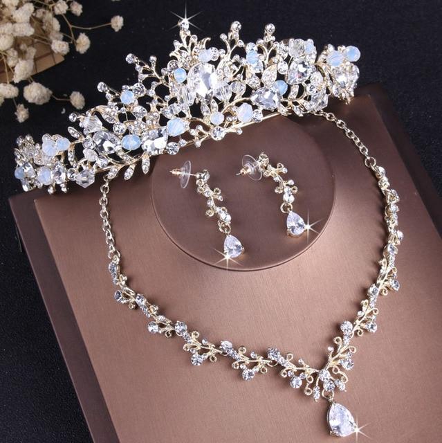 Highend Gold White Tiara...