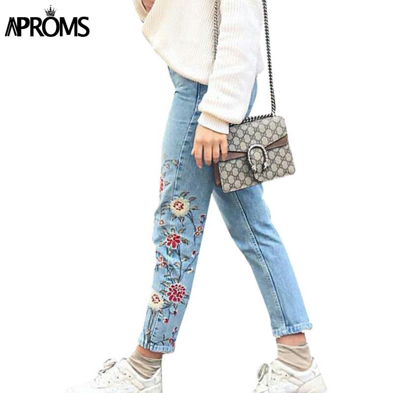 ФОТО Light blue casual pants capris 2017 Autumn winter flower embroidery jeans female Pockets straight jeans women bottom 70103