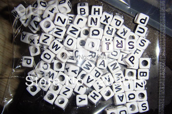 DHL 1000 шт. 10*10 мм белый Пластик акрил алфавит куб письмо из бисера Квадратные бусины 3 мм отверстие для детские DIY ремесла