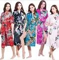 Mulheres de Cetim de Seda Longo Da Noiva Do Casamento Da Dama de honra Robe Pavão Roupão Kimono Floral Roupão Tamanho Grande Roupão Peignoir Femme