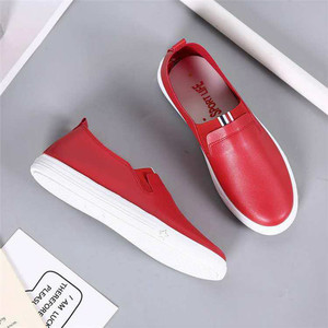 2019 Autumn Women Pu Leather High Quality Soft Leather Shoes Women Flats Fashion Ladies Loafers Casual Womens Black Red Shoes