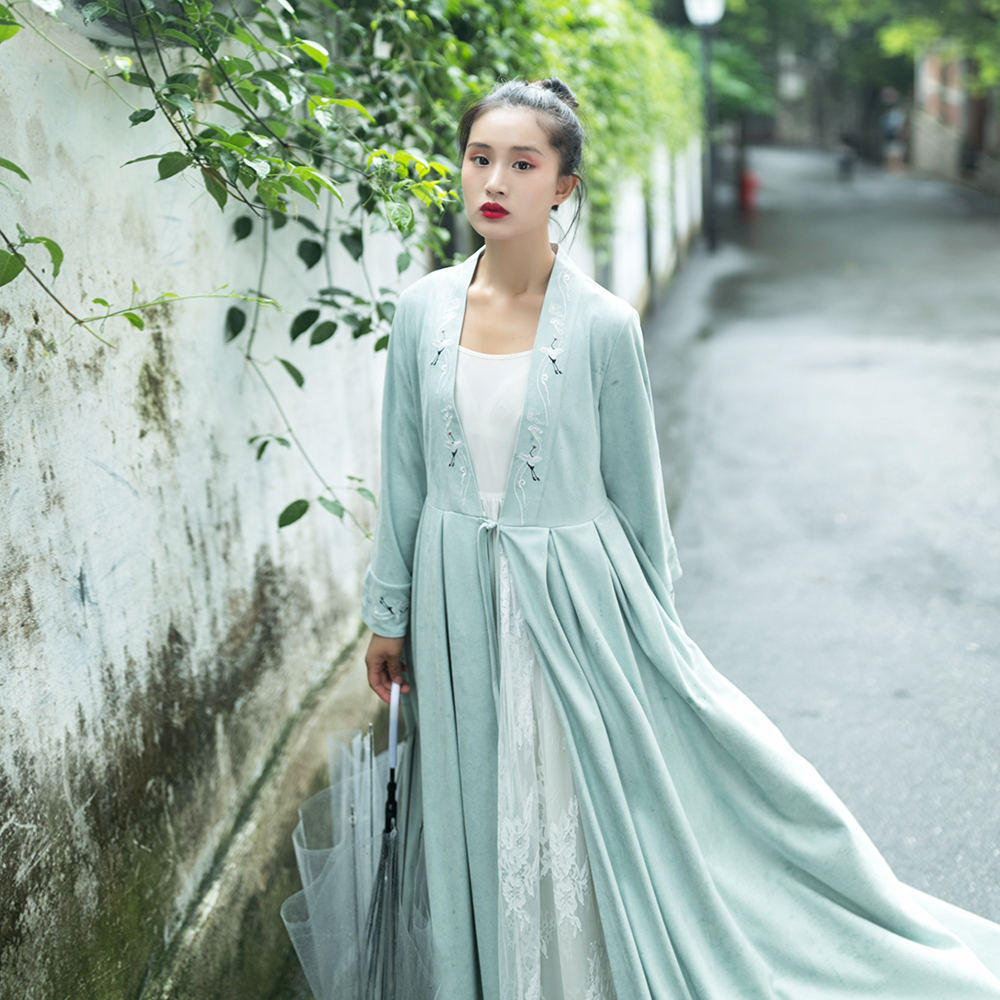 MM181 Original Design Autumn 2017 pea green long sleeve maxi vintage crane embroidered lace and suede skirt   trench   coat women