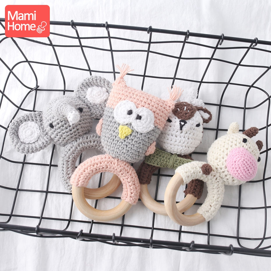 Mamihome 1pc Baby Rattle Cartoon Crochet Animal Baby Teether Wooden Ring Handmade Chew Toy BPA Free Wooden Teething Nursing Gift