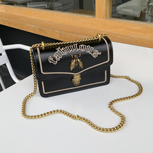 Best selling 2019 latest version of the designer limited edition package color chain honey Messenger bag womens handbag
