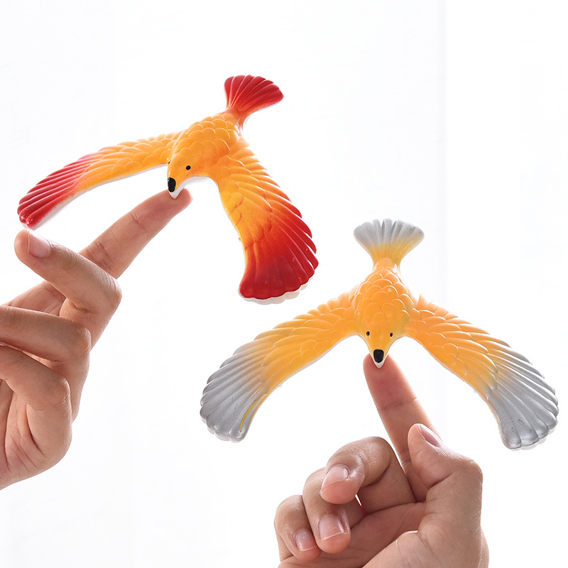 High Quality  Novelty Amazing Balance Eagle Bird Toy Magic Maintain Balance Home Office Fun Learning Gag Toy For Kid Gift