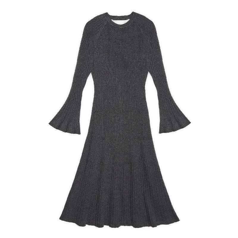 Brand fashion women s high end luxury sexy elasticity exposed back long knitted flare sleeve dress