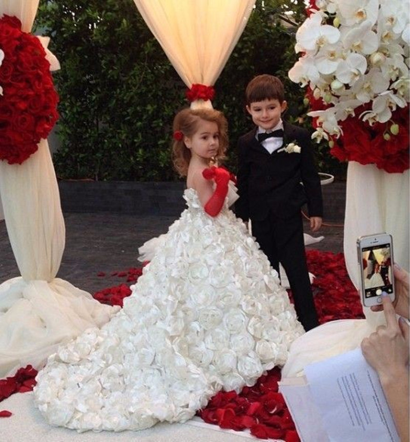 Fashion Floor Length   Flower     Girl     Dresses   Spaghetti Strapless A Line Handmade   Flowers     Girls   Pageant   Dresses   2ith Long Train