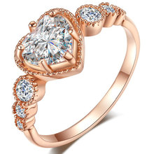 TUKER Brand Hot Sale Luxury Jewelry Heart Rings Plated Micro Inlay Zircon Fashion Rings For women
