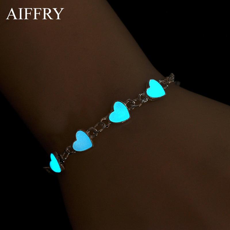 Luminous Heart Pendant Bracelets For Women Pretty Punk Bracelet Lover Bangles Party Fashion Female Bracelet Jewelry