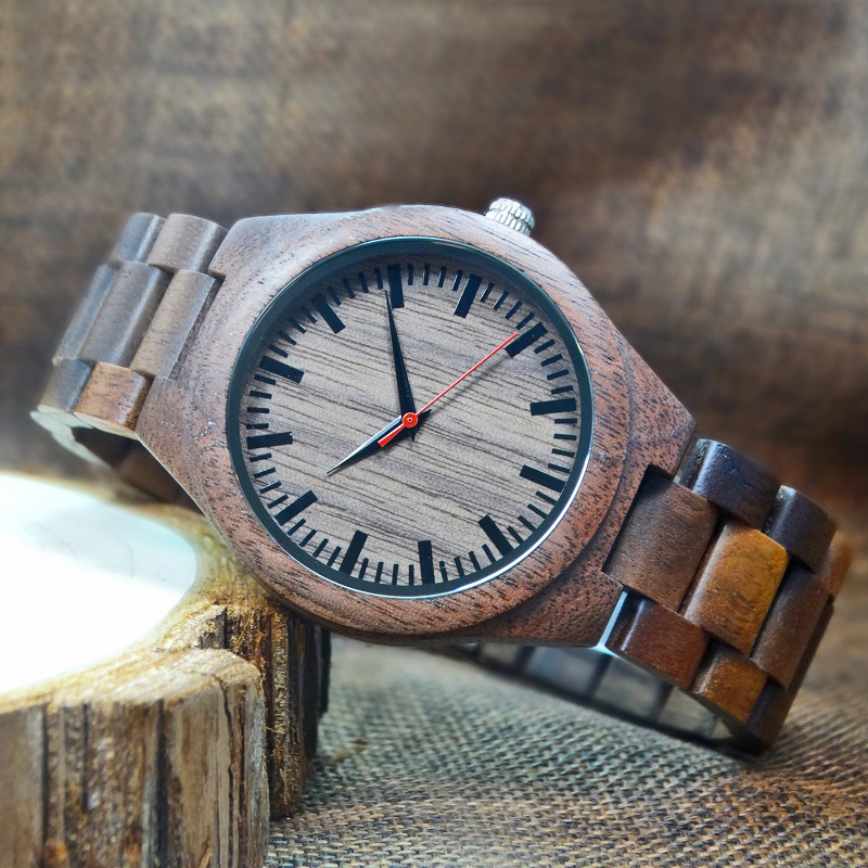 Wooden Watches Walnut Mens Quartz Fashion Bangle Natural Casual Full